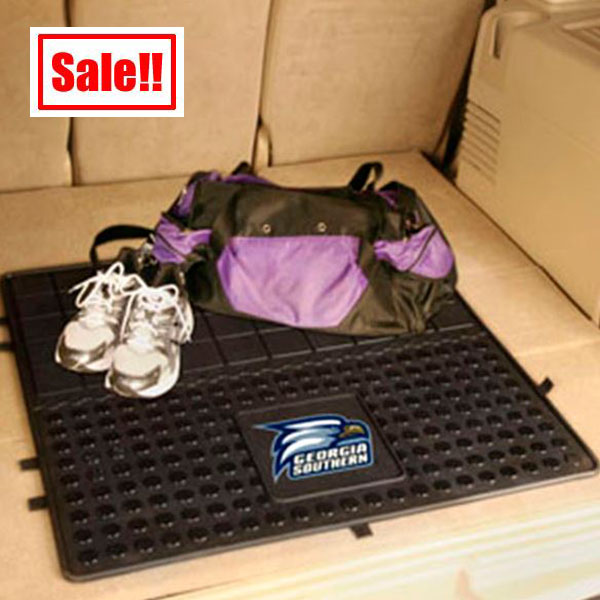 Image For Vinyl Cargo Mat w/Athletic Logo
